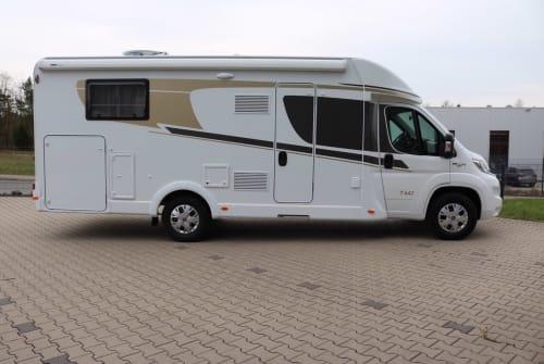 Wohnmobil mieten in Wiehl von privat | Carado LobosT447(4)
