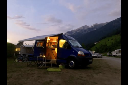 Wohnmobil mieten in Murnau am Staffelsee von privat | Renault Schnupsi