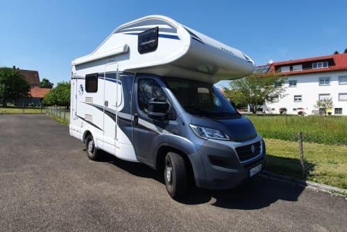 Wohnmobil mieten in Friedrichshafen von privat | Knaus Sky Traveller