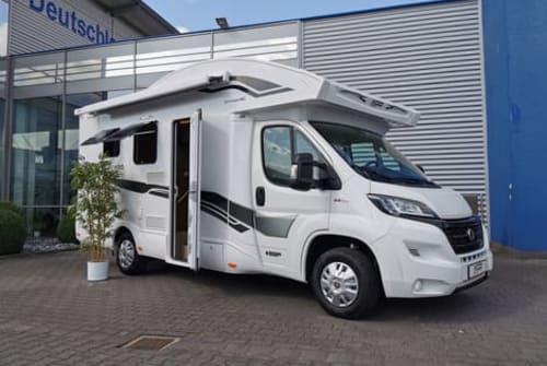 Wohnmobil mieten in Paderborn von privat   XGO Elsen