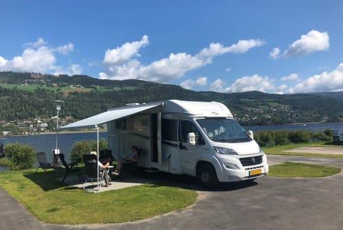 Wohnmobil mieten in Maasbree von privat   Carado Carado 4-p 2019