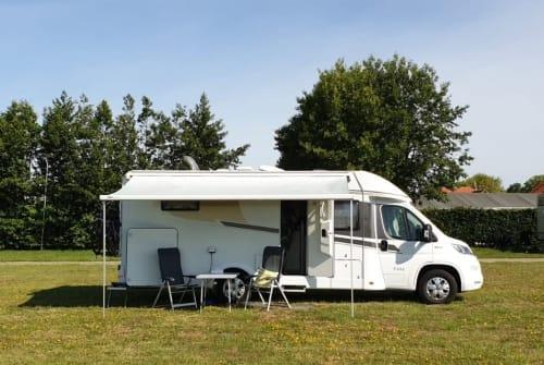 Wohnmobil mieten in Maasbree von privat   Carado Carado T448 4-p