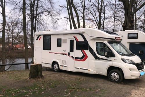 Wohnmobil mieten in Oberboihingen von privat | Challenger Milow