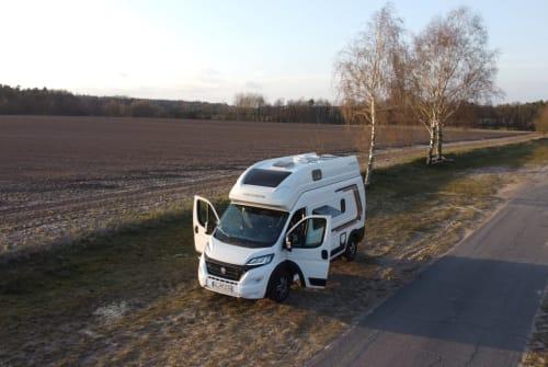 Wohnmobil mieten in Hanstedt von privat | Weinsberg Mr. Weinsberg