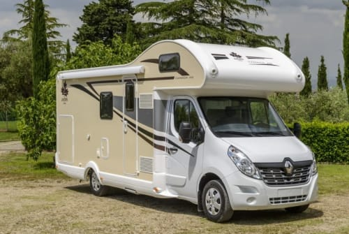 Wohnmobil mieten in Kamp-Lintfort von privat | Ahorn Campiano