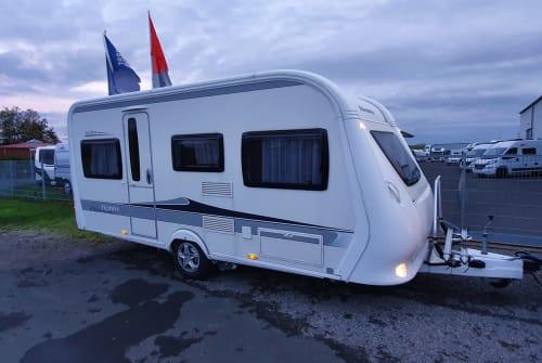 Wohnmobil mieten in Würzburg von privat | Hobby Wohnwagen Main-Camper 2
