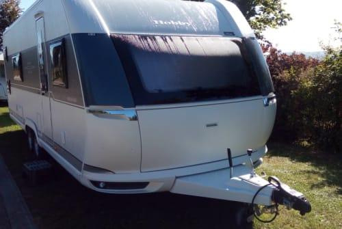 Wohnmobil mieten in Hinzenbach von privat | Hobby Prestige Camperfun 2