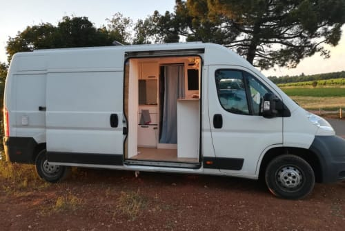 Wohnmobil mieten in Ludwigsburg von privat | Peugeot  Ludwig