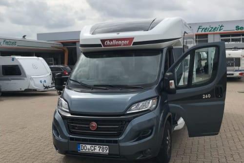 Wohnmobil mieten in Lörrach von privat | Challenger  Columbus