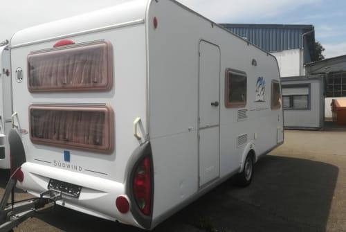 Wohnmobil mieten in Oggelshausen von privat | Knaus Knausi