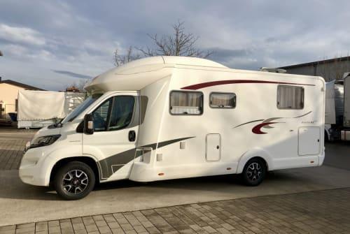 Wohnmobil mieten in Sulzemoos von privat | EURA Mobil Isolde