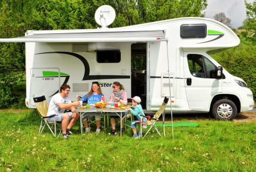 Wohnmobil mieten in Bielefeld von privat | Forster Forster A699HB