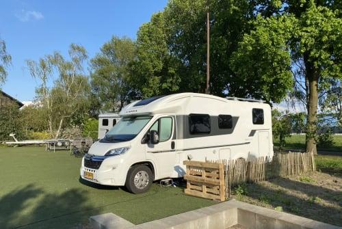 Wohnmobil mieten in Haarsteeg von privat | Adria AdriaMatrix2 5p