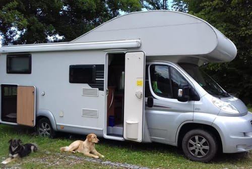 Wohnmobil mieten in Rosenheim von privat | LMC Miss Liberty