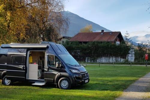 Wohnmobil mieten in München von privat | Knaus Max