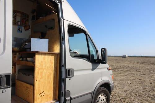 Wohnmobil mieten in Schnaitsee von privat | IVECO Daily XAVER DAILYvan