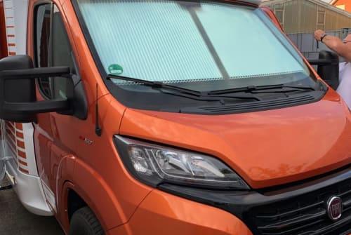 Wohnmobil mieten in Sassenberg von privat | Weinsberg CaraSuite