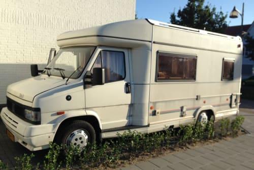 Wohnmobil mieten in Oirschot von privat | Bürstner Bürstner T500