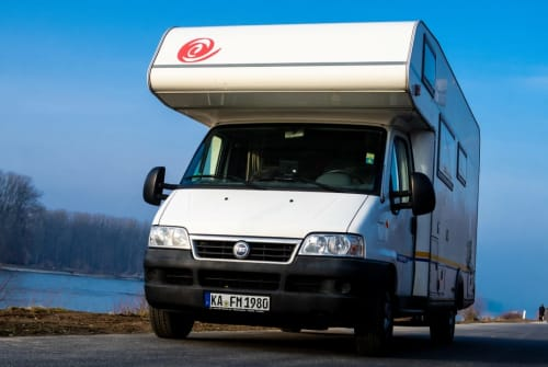 Wohnmobil mieten in Karlsbad von privat | Eura Mobil Matos Mobil