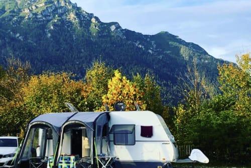 Wohnmobil mieten in Wöllstadt von privat | Hymer Eriba La Vida-Camping