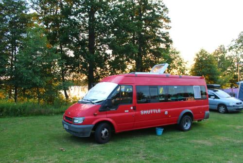 Wohnmobil mieten in Berlin von privat | Ford Das Shuttle