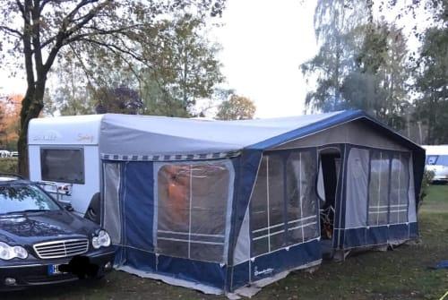Wohnmobil mieten in Verden von privat | Hymer Luise