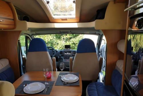 Wohnmobil mieten in Dordrecht von privat | Burstner Omnibus