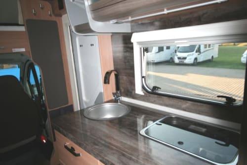 Wohnmobil mieten in Burghaun von privat | Knaus Knausi
