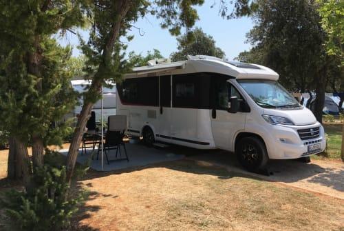 Wohnmobil mieten in Seevetal von privat | Knaus Knaus Sky TI