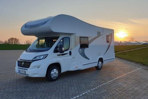 Wohnmobil mieten in Wilhelmshaven von privat | Chausson  Flash