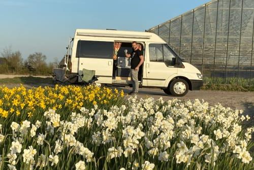 Wohnmobil mieten in Voorschoten von privat | Ford Bussie