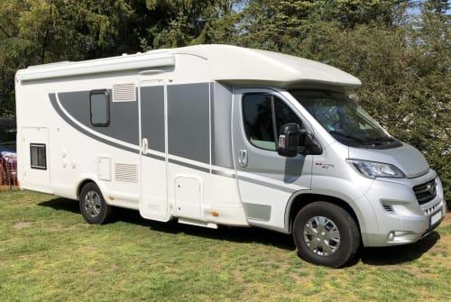 Wohnmobil mieten in Dinslaken von privat | Miller DOG-Camper