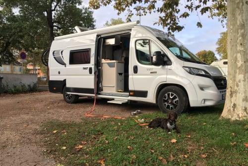 Wohnmobil mieten in Hannover von privat | Chausson  Camper