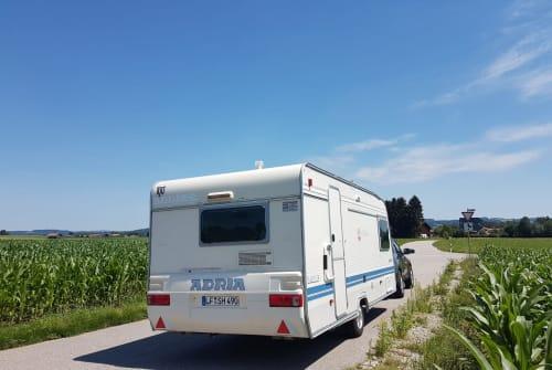 Wohnmobil mieten in Ainring von privat | Adria Adria Unica 502