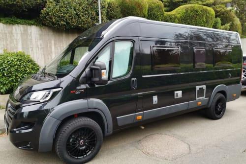 Wohnmobil mieten in Leinfelden-Echterdingen von privat | Fiat Karman  Black Rocket
