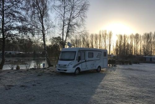 Wohnmobil mieten in Hamburg von privat | Hymer Lotti