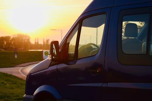 Wohnmobil mieten in Hamburg von privat | VW Crafter  Bruno