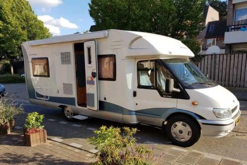 Wohnmobil mieten in Helmond von privat | Ford  2.0 Onze Hobby