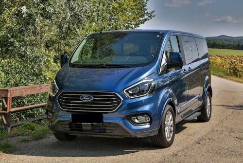 Wohnmobil mieten in Fellbach von privat | Ford Bobby