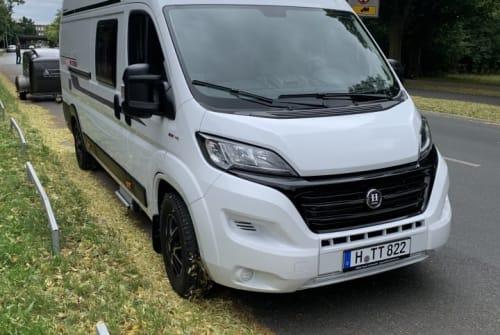 Wohnmobil mieten in Hannover von privat | Hobby Vantana on Tour Hobby Vanny