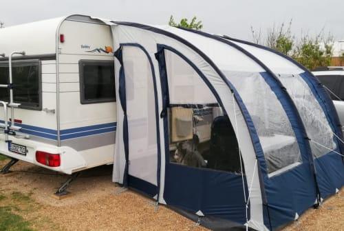 Wohnmobil mieten in Weilerswist von privat | Hobby Bobby Blue