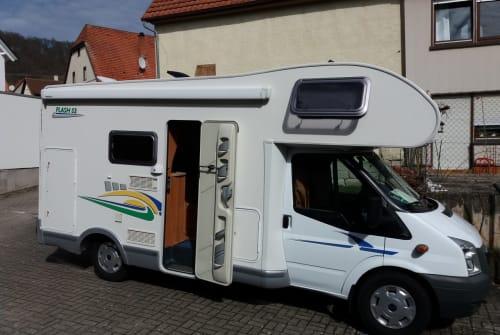 Wohnmobil mieten in Herrenberg von privat | Ford  Flash