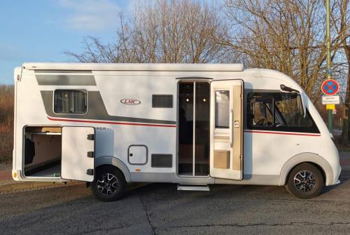Wohnmobil mieten in Bielefeld von privat | LMC  CampOne