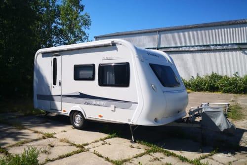 Wohnmobil mieten in Rostock von privat | Hobby Familiencamper