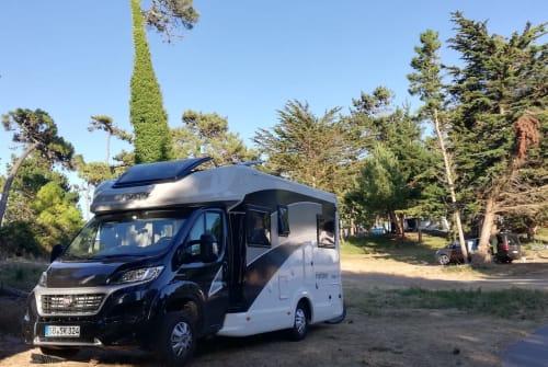 Wohnmobil mieten in Saarbrücken von privat | Forster Julie