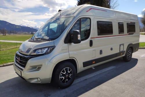 Wohnmobil mieten in Wendeburg von privat | Roller Team Livingstone DUO