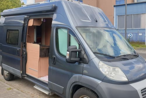 Wohnmobil mieten in Oberursel von privat | Knaus Boxstar Bettmobil