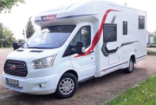 Wohnmobil mieten in Martfeld von privat   Challenger Chilli Cruiser