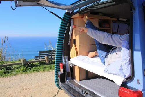 Wohnmobil mieten in São Pedro da Cadeira von privat | Volkswagen EasyVanLife/UWE