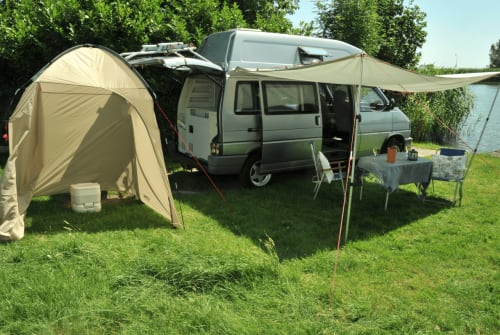 Wohnmobil mieten in Weesp von privat | Volkswagen  Joey Westfalia